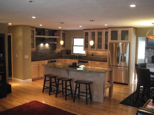 Kitchen reno idea for raised ranch style home life for Raised ranch living room design