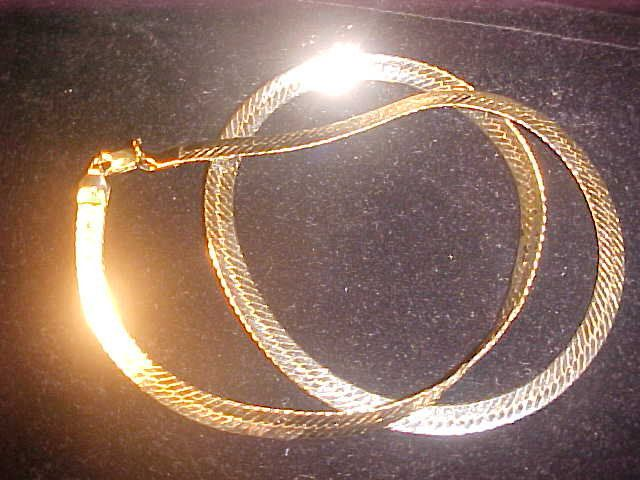 Gold Plated Necklace Flat Herringbone 10 15 Dwt 15 8 Grams 19 79 Length Nos Necklace 25 Wide Vint Gold Plated Necklace Yellow Gold Bracelet White Gold Rings