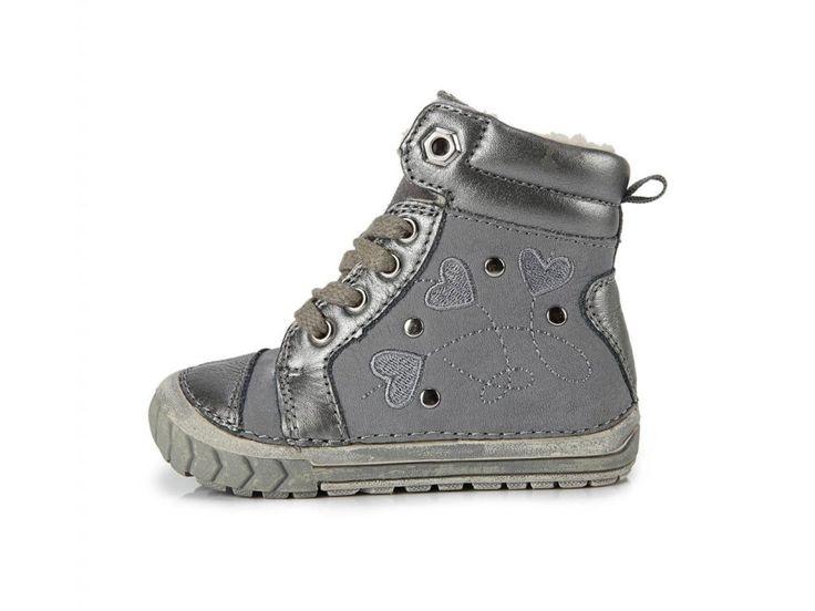 kvalitní kožená zimní obuv D.D.step zateplená umělým kožíškem-materály testovány v české laboratoři- nová technologie šití zaručující flexibilitu a komfort- speciální stélky absorbující vlhkost a tlumící nárazy- flexibilní (OHEBNÉ) podešve s...