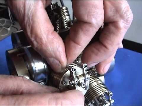 Motor radial doble estrella más pequeño del mundo.Smallest radial engine...