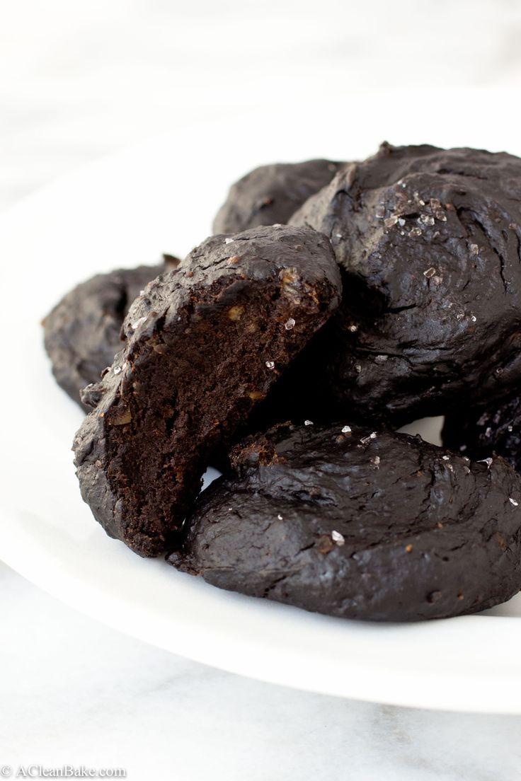 Fudgy 3-Ingredient Detox Cookies (Gluten-Free, Dairy-Free, Sugar-Free, Whole30, Paleo, Vegan)