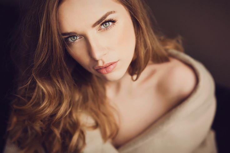 *l - Luca <3  #portrait #photoshoot #fotografin #hagen #ruhrgebiet #inspiration #indoor #availablelight
