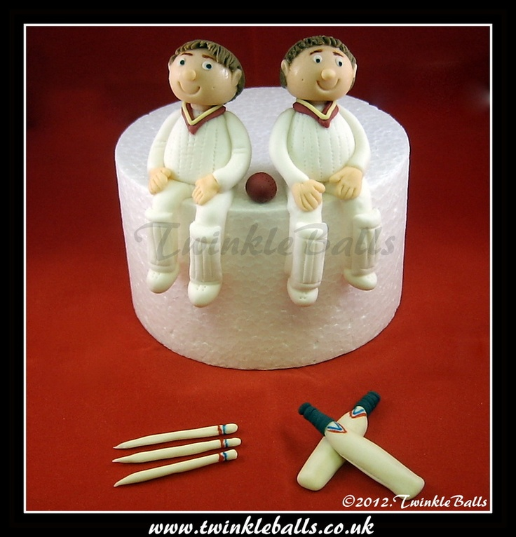 Cricket playing twins Character toppers
