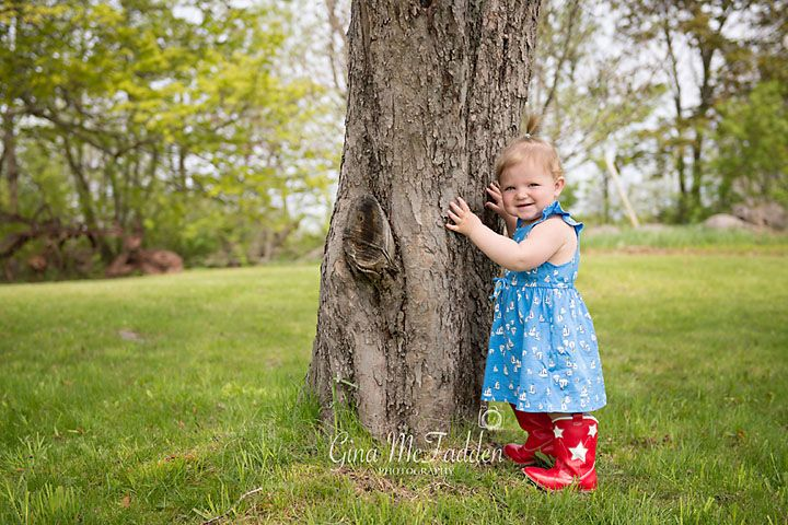 Two yr old girl, in red cowgirl boots!