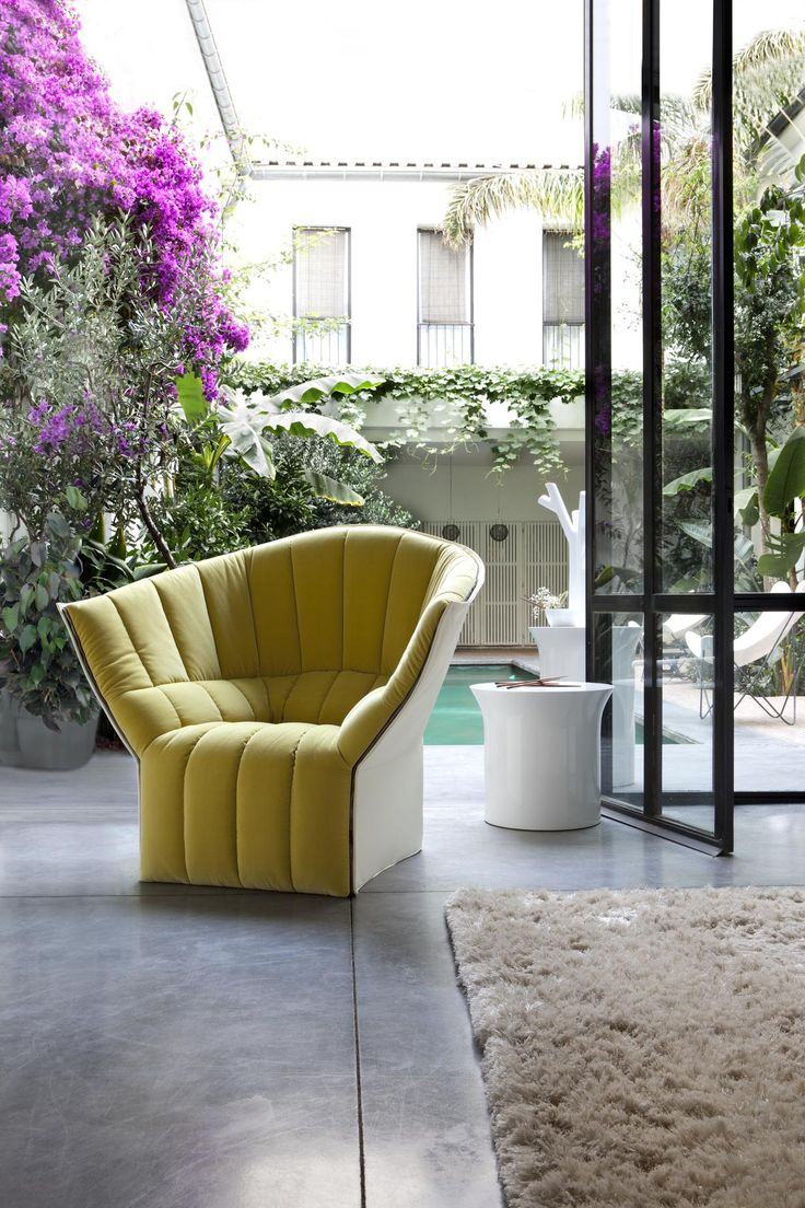 Island dining chair by ligne roset modern dining chairs los angeles - Moel Fauteuils Designer Inga Semp Ligne Roset