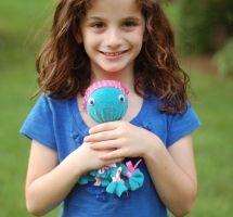 DIY : Un doudou pieuvre tout doux et sans coutures La pieuvre en tissu est un grand classique des jouets pour enfants. Ici, nous l�'avons revisité pour vous proposer un DIY et réaliser facilement un...