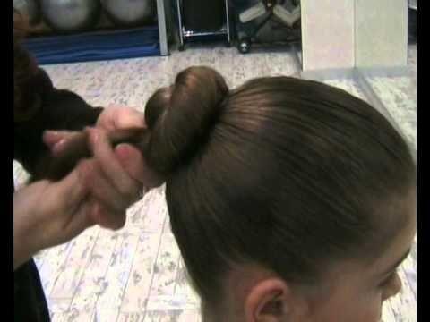 Como hacer un moño de ballet duradero y facil. - YouTube