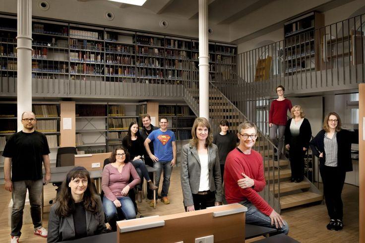 Das coole Bibliotheksteam der mdw - Universität für Musik und darstellende Kunst Wien #mdw #eventfotografie #wien