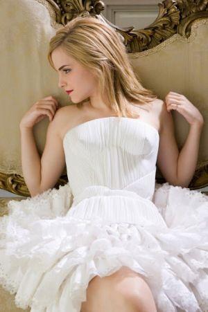 Emma Watson Bra Size