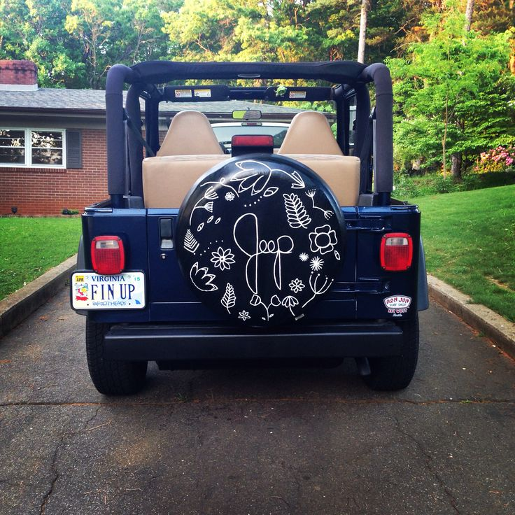 beach tire cover navy jeep wrangler jeep stuff pinterest jeeps jeep wranglers and jeep. Black Bedroom Furniture Sets. Home Design Ideas