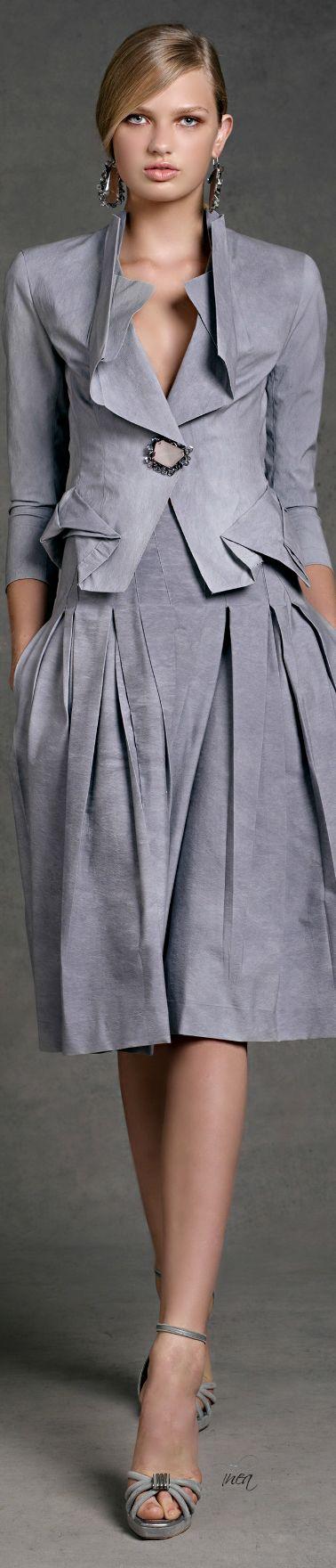 Donna Karan. Fashion details of clothes. Детали одежды от кутюр. Detaily oblečení od modních návrhářů.