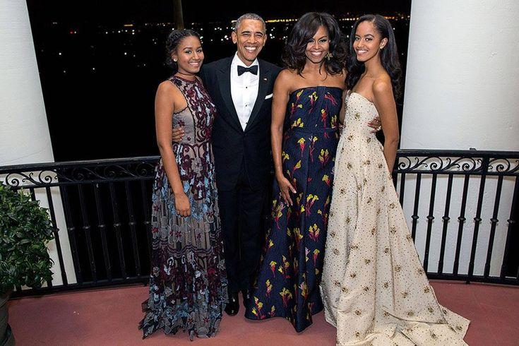 Noël présidentiel: Obama joue avec ses filles, Trump va à l'église en famille