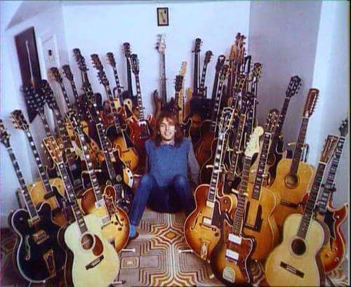 Steve Howe & Guitars