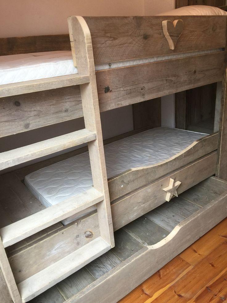 Stapelbedje oud steigerhout voor kids en kleine kids