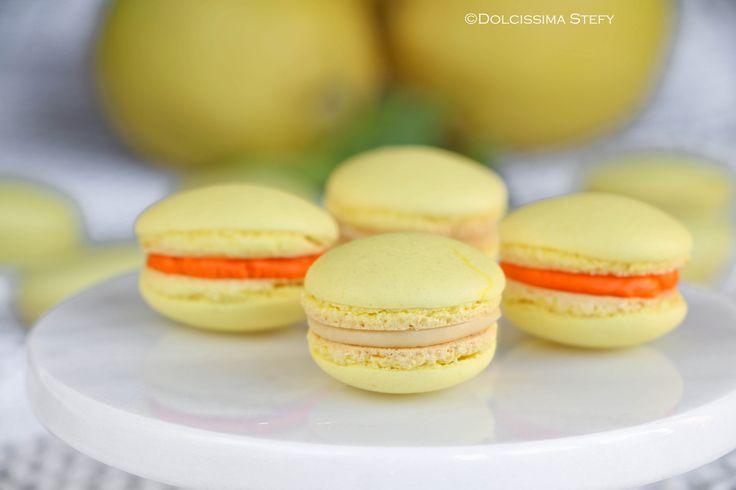 Macaron al Limone con ganache al cioccolato bianco e crema all'arancia :D