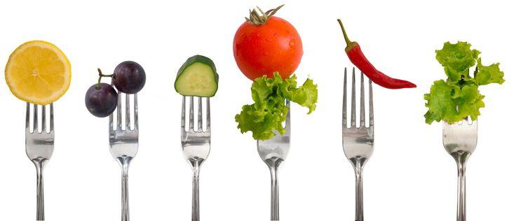 Вся пища, с точки зрения пищеварения, делится на легкую и тяжелую. К легкой пище относятся рис, маш и дичь, например, оленина. К тяжелой пище относятся молоко, черные бобы, сырые овощи и фрукты, го…