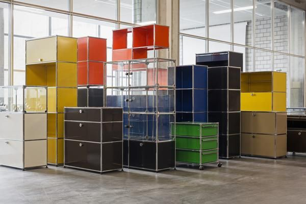 USM Modular Furniture | usm.com | Get The Look | Warehouse Windows | Colourful | Trend | Functional Furniture | Practical | Storage Solutions | Warehouse Home Design Magazine