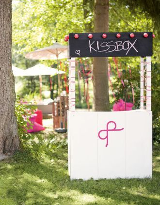 Dekorationsideen für eine Gartenhochzeit im Freien – garden wedding decoration ideas – www.weddingstyle.de