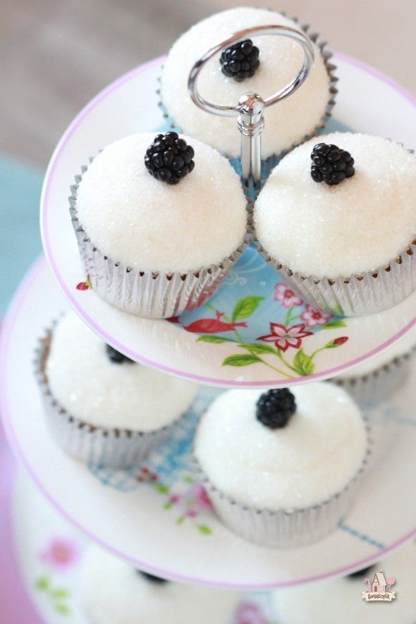 OMG...so good! Wild Blackberry Vanilla Cupcakes with Sugared Vanilla Icing - by @Sweetopia ~ Marian Poirier