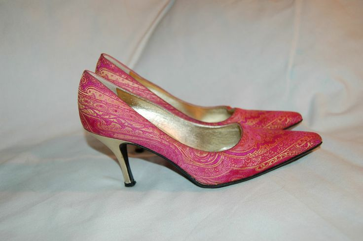 ESCADA Pink and Orange Heels Pumps Shoes Size 7 B made in Italy -7B, $119.99 Buy Now on eBay (original price on box is $395.) Curious of when these were made.