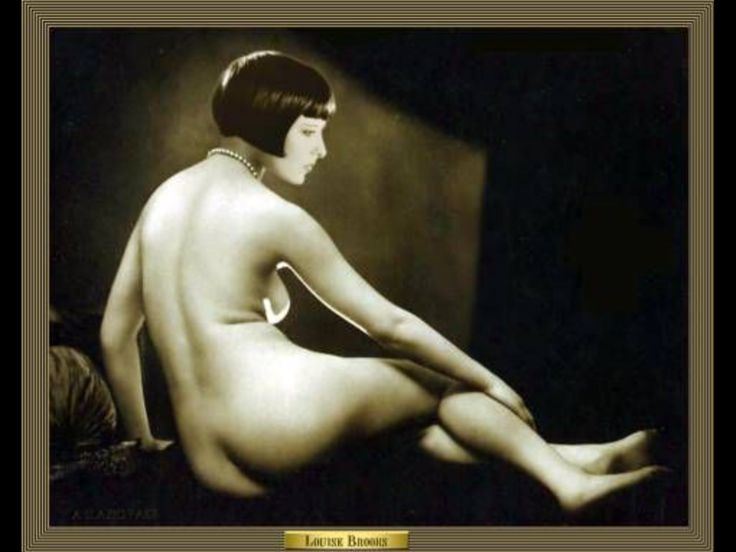 Louise Brooks perfect bob