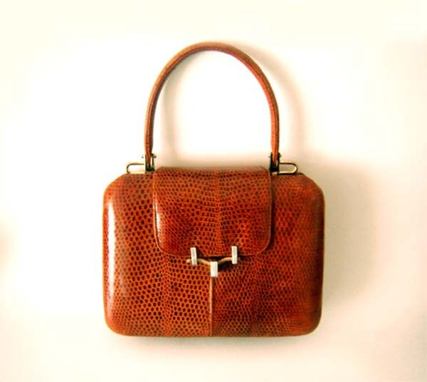 6d819e8337 Vintage 60's AREITIO Real Leather Kelly Handbag - Hard Boxy Bag ...