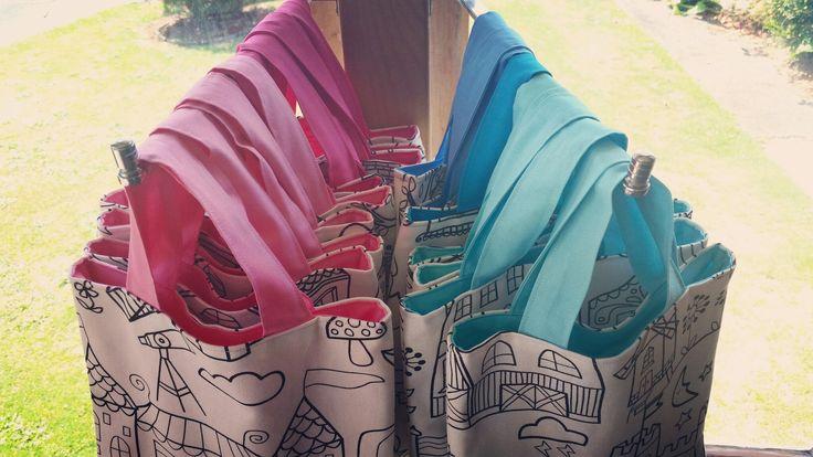 """Sew Mama """"Colour me in Mini Bag"""" http://sewmama.felt.co.nz/"""