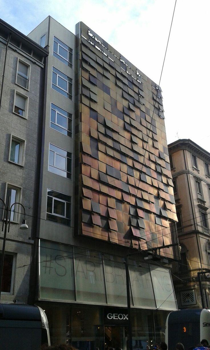 #Milan #ViaTorino #Architecture #Building #Squares #Colors