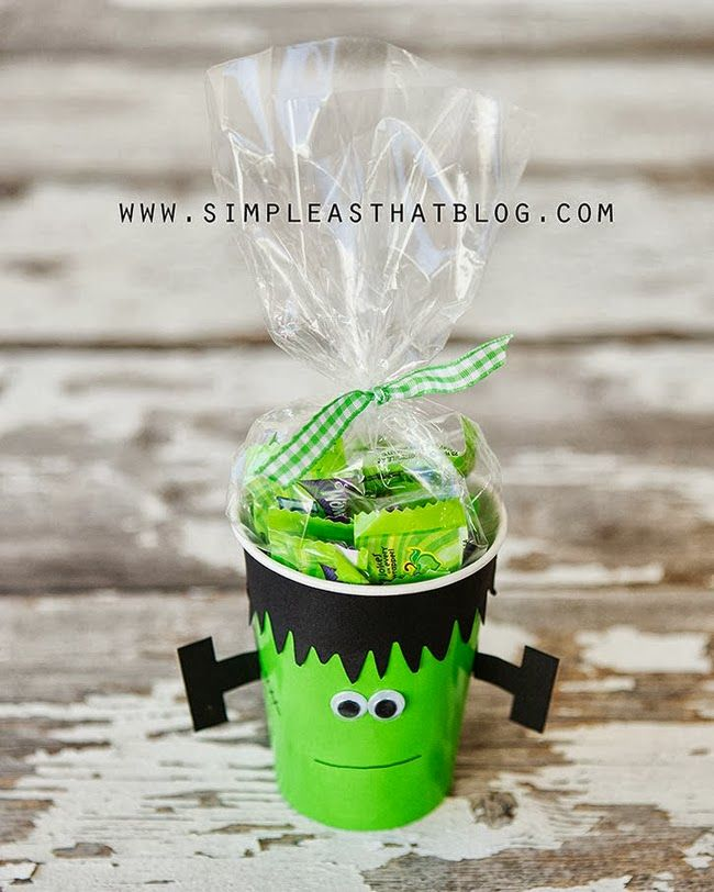 Halloween Treat Cups for Cruz's school buds