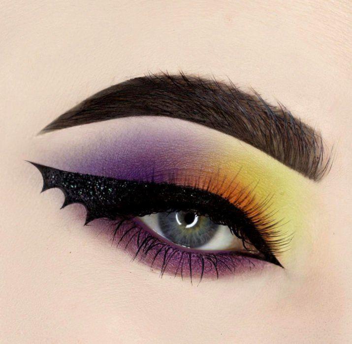 20 Ideas para maquillar tus ojos en Halloween sin tener que disfrazarte de  pies a cabeza | Maquillaje de ojos de anime, Maquillaje de ojos gótico, Maquillaje  de ojos
