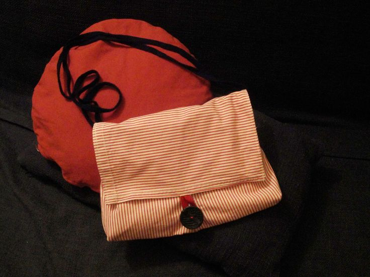 Bag made by PouPée-Pe: using upcycled girl's trousers (front side).