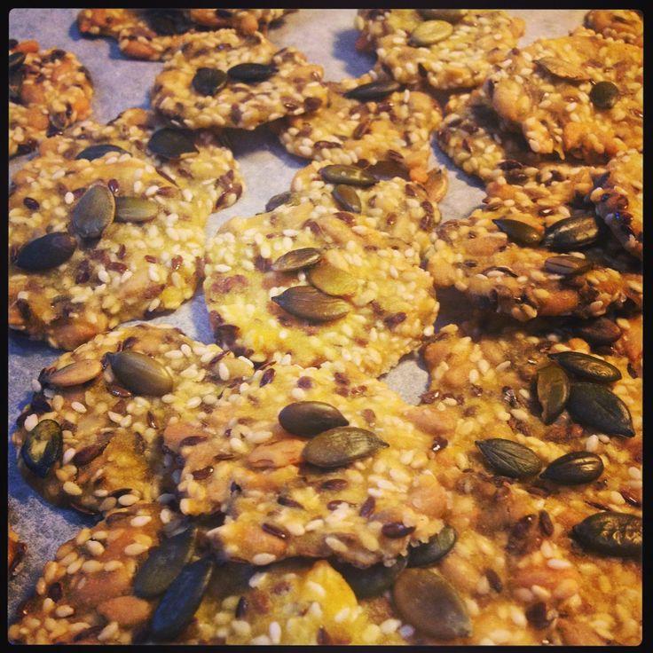Hupsutteluja: Siemennäkkäri - lahja purkissa // Seed cracker - healthy and easy gift in a jar