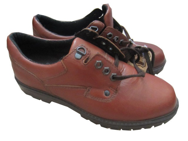 NEW Pebe Mens size 8 Shoes, £2.79