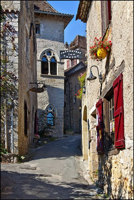 St-Cirq Lapopie ~ chosen by the French as the most beautiful village in France (2012) ~ Yvon Lacaille