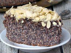 Najlepsze ciasta z makiem. Proste w przygotowaniu, pyszne i idealne nie tylko na święta! Wypróbuj, a na pewno będziesz do nich wracać.