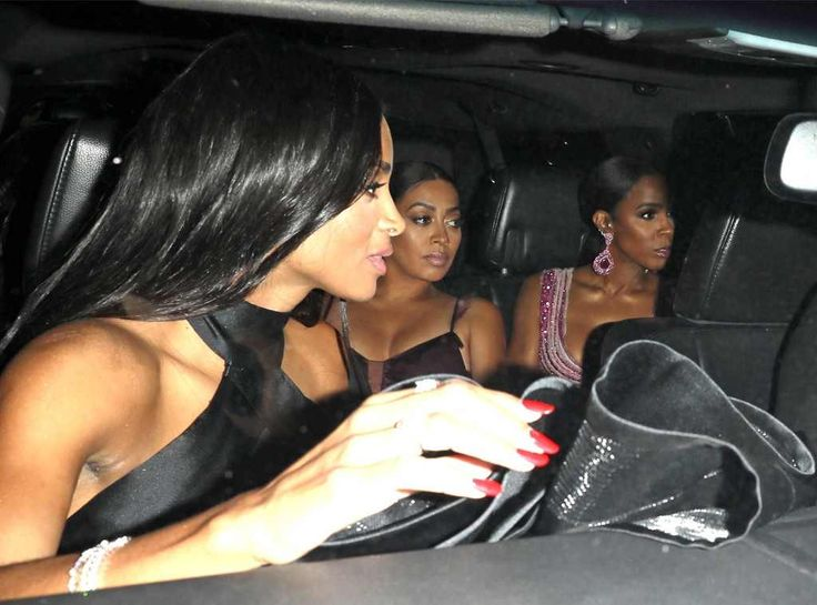 Kelly Rowland & La La Anthony from Serena Williams and Alexis Ohanian's Wedding Album  Getting to a wedding isn't so easy when paparazzi are close by. Fortunately, these famous friends were right on time.