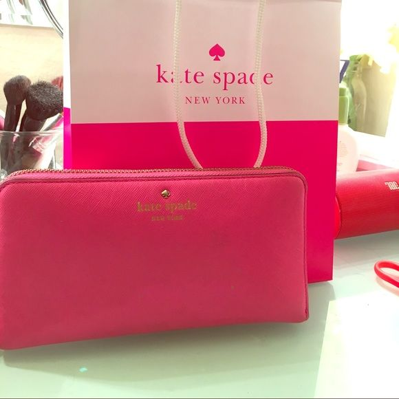 Kate Spade Wallet Hot pink Kate spade wallet with zipper. Minor wear & tear. No trades. kate spade Other
