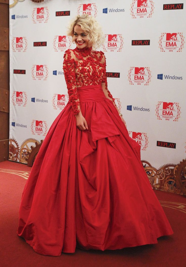Long sleeve lace ball gown for the red carpet ballgowns - Designer red carpet dresses ...