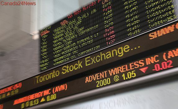 TSX registers small gain as oil prices rise, loonie hovers around 79 cents U.S.