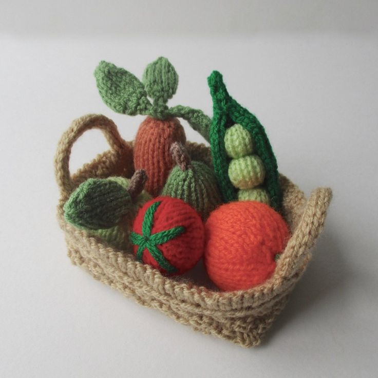 Knit some healthy veggies! This knitting pattern includes the tomato, carrot, apple, pear, orange, peas in a peapod, and a basket to carry them in.THE PATTERN INCLUDES: Row numbers for each step so you don't lose your place, instructions for making the fruit, vegetables and basket, photos, a list of abbreviations and explanation of some techniques, a materials list and recommended yarns. TECHNIQUES: All pieces are knitted flat (back and forth) on a pair of straight knitting needles…