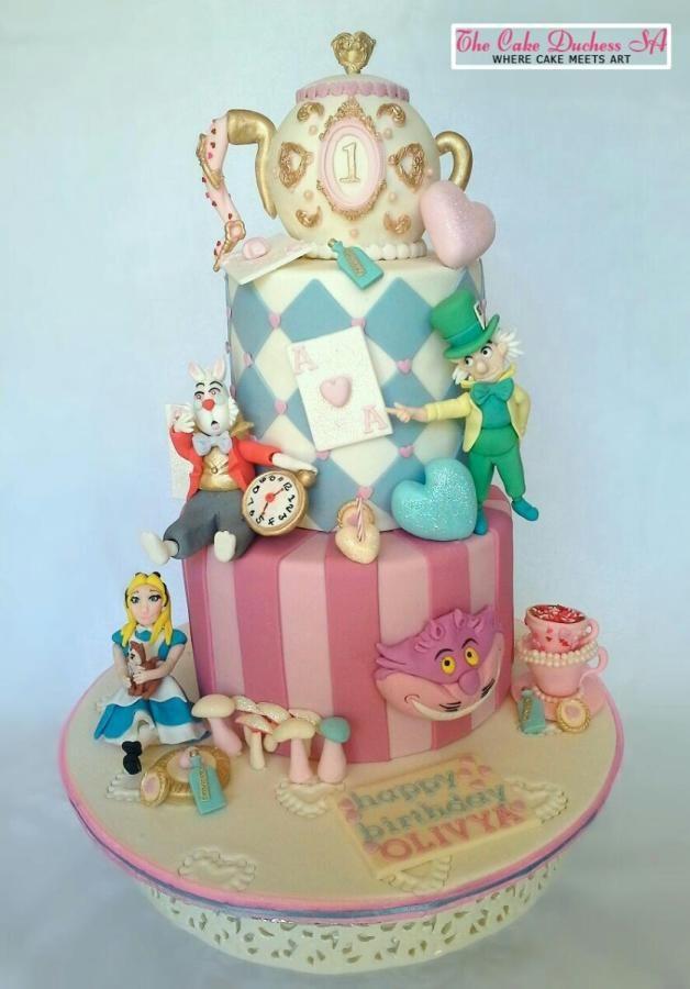 Cake Art Affair : 1536 best story: Alice in Wonderland images on Pinterest ...