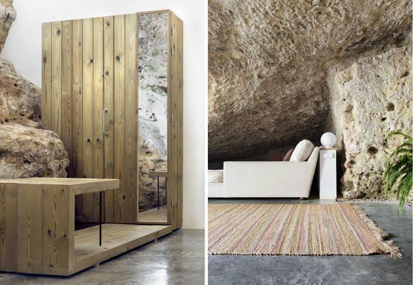 Casa cueva. Zona de descanso y armario/ Cave house. Rest area. Wardrobe.