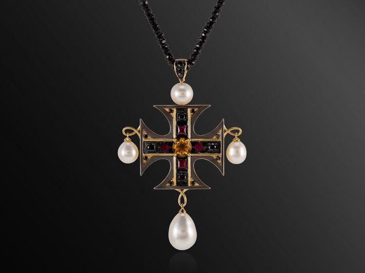 La Croce - Maltese Cross Pendant