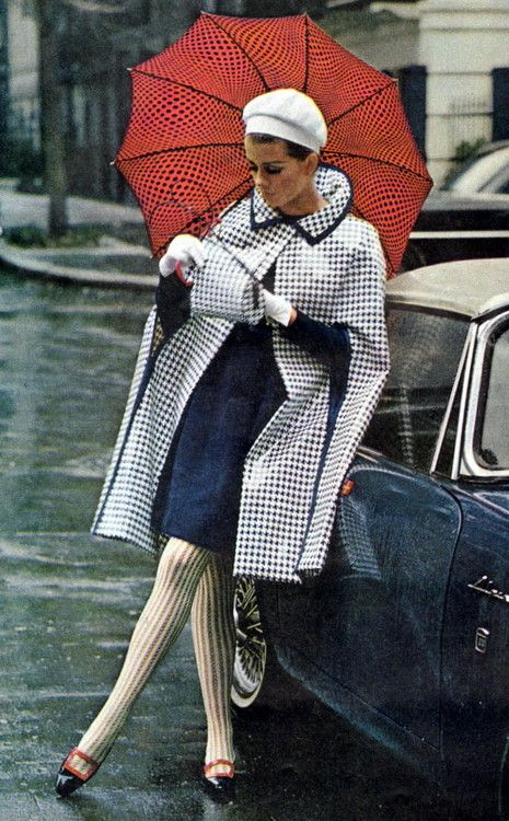 Ladies Home Journal - March, 1966 Gorgeous throwback mid 60s cape jacket raincoat plaid houndstooth navy blue white skirt dress tights mod