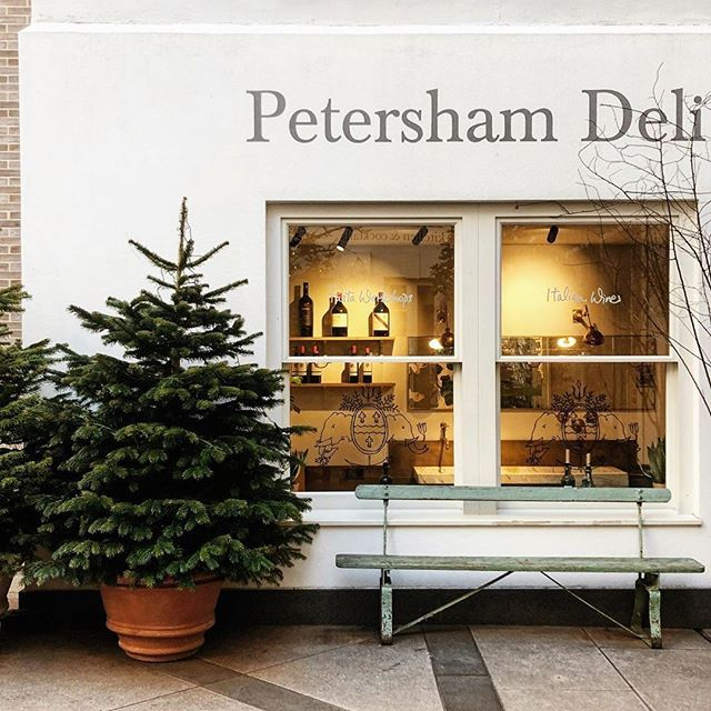 Petersham Deli At Petersham Nurseries Covent Garden Miacarolina R When Do You Take Down Your Christmas Tree Do You What In 2020 Deli Shop Covent Garden Store Fronts