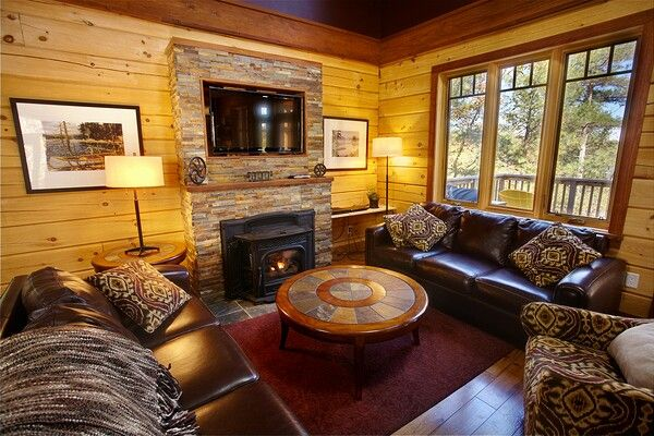 Colonial Concepts Log & Timberframe - Interior at White Water Village