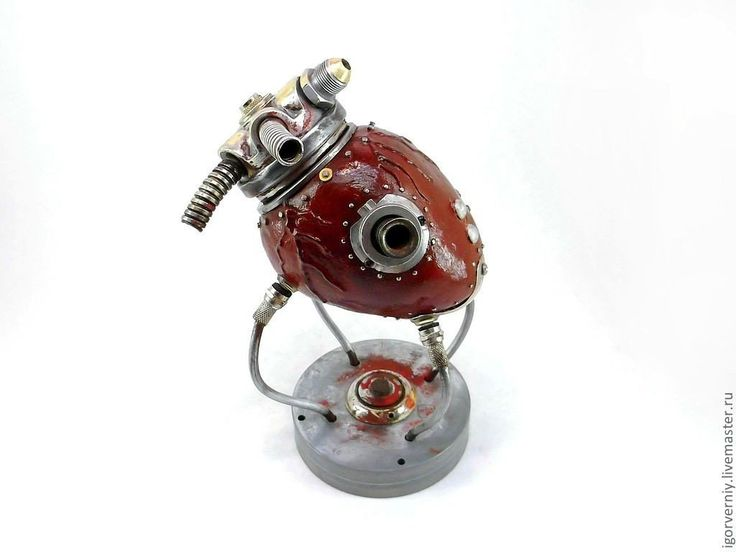 Игорь Верный — талантливый стимпанк-скульптор из Красноярска. Создает зрелищные работы из авто ...