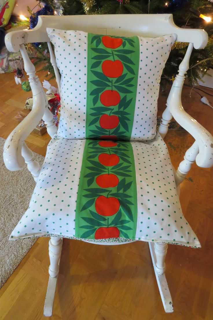Chrismassy or all year round country style cushion covers. Old rocking chair and vintage apple fabric from Sweden together with jolly green polka dots.