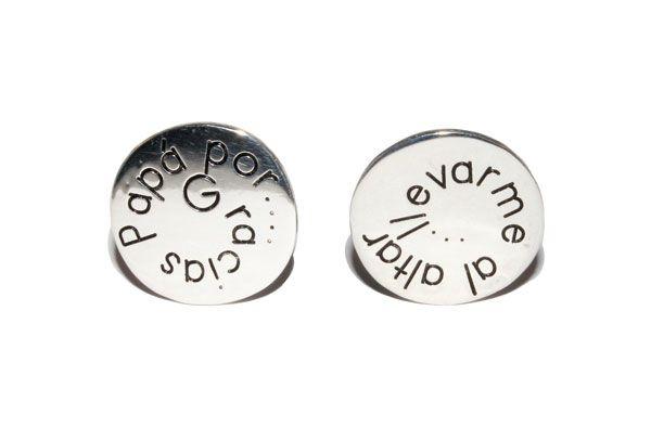 Gemelos personalizados, fabricados en plata.