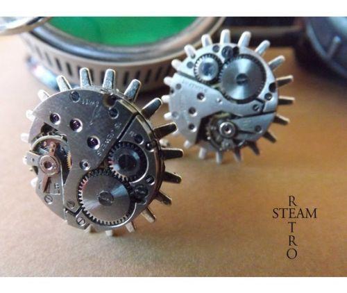 Gemelos Steampunk con engranajes, mecanismos de relojes antiguos, moda steampunk